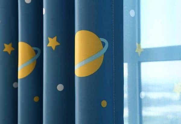 Planeet en ster gordijnen