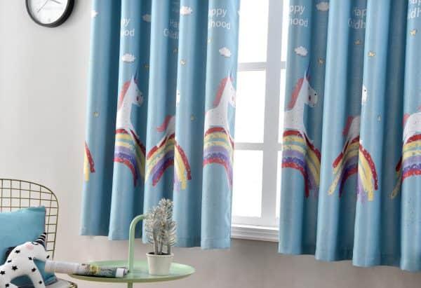 regenboog eenhoorn gordijn blauw